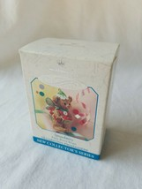 HALLMARK KEEPSAKE ORNAMENT ~ FAIRY BERRY BEARS ~ STRAWBERRY ~ 1999 *NEW - $9.90
