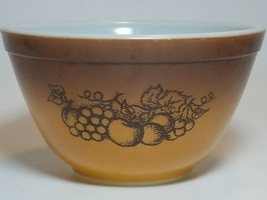 Vintage Pyrex Old Orchard Ombre Brown Fruit 401 Nesting Mixing Bowl 1.5 ... - $9.90