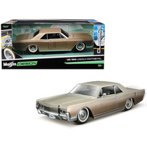 1966 Lincoln Continental Gold Classic Muscle 1/26 Diecast Model Car by M... - $35.93