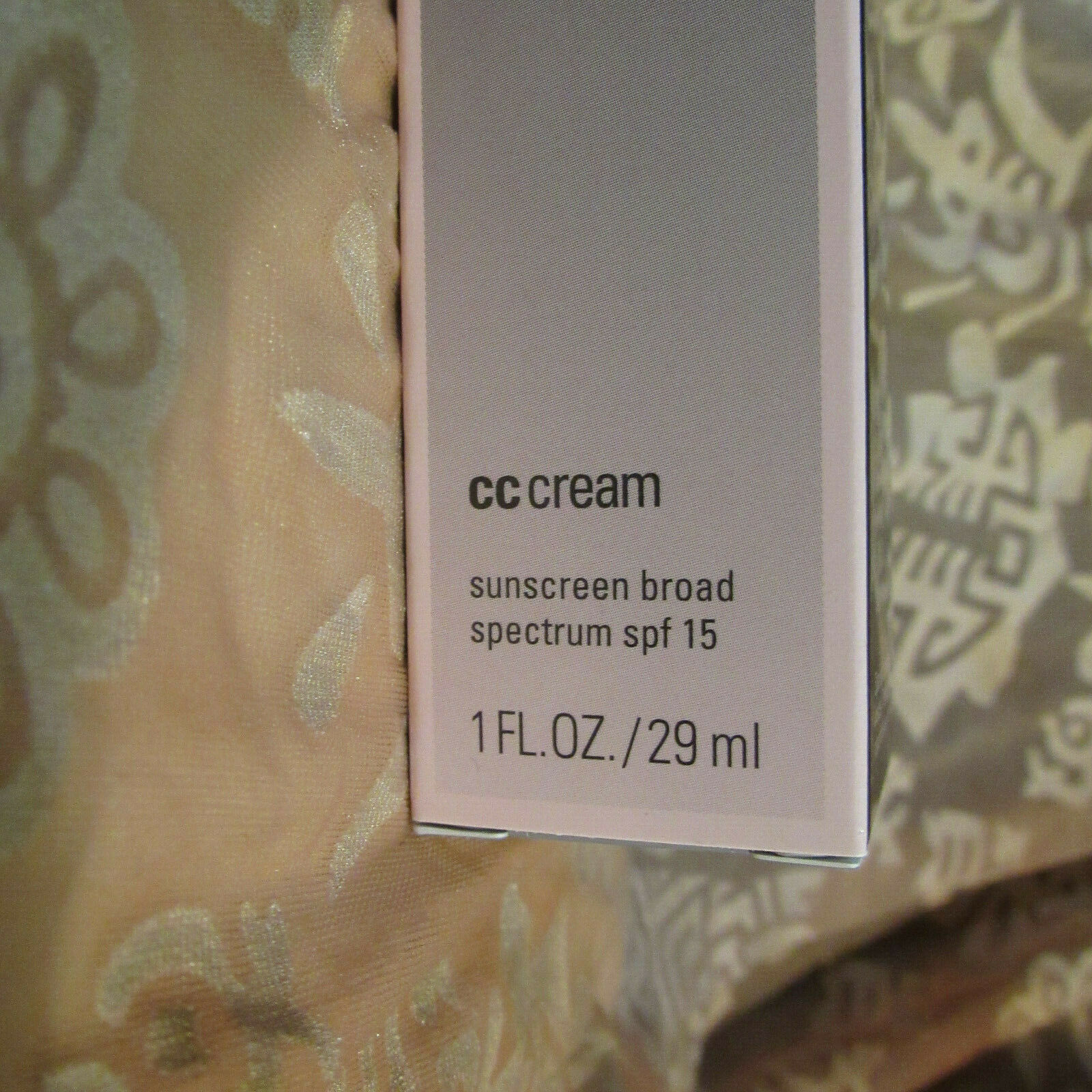 Mary Kay CC Cream SPF 15 1 Oz Sunscreen Broad Spectrum Expires 1/20 image 2
