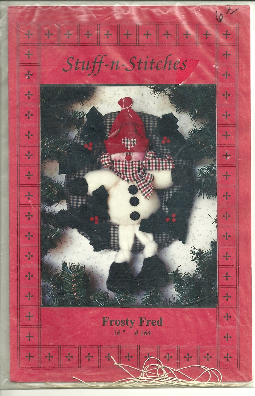 "FROSTY FRED 16"" HOLIDAY WREATH DOLL / BY STUFF N STITCHES"