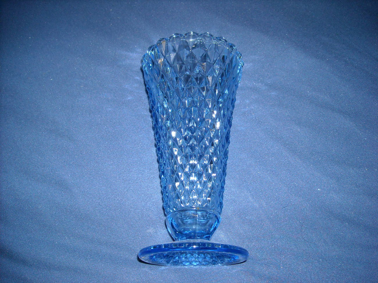 Jblue depression fenton vase 1 vase 2   2