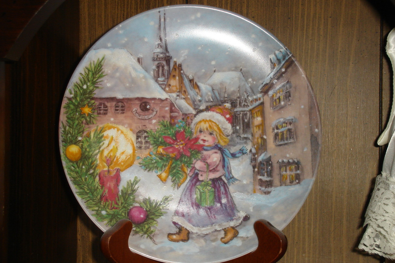 Geobel Christmas Plate -