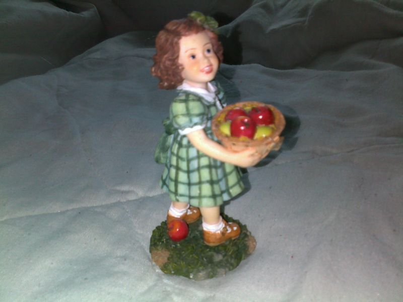 2002 DemDaco Expressions Of Love For Teacher Figurine-Girl With Basket Of Apples