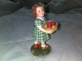 2002 DemDaco Expressions Of Love For Teacher Figurine-Girl With Basket Of Apples - $6.95