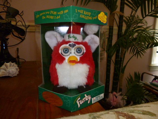 Original 1999 FURBY Limited Edition Holiday Santa Christmas Furby NRFB NEW