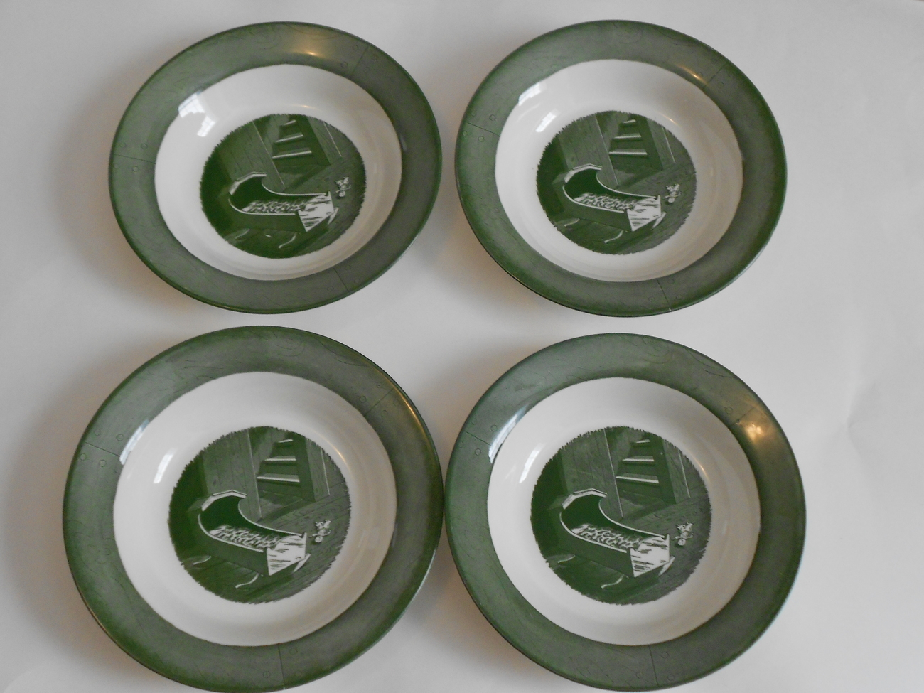 Set of 4 Colonial Homestead Rimmed Soup Bowls by Royal