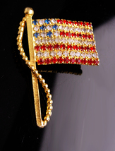 "Rhinestone Flag brooch / Patriotic jewelry / USA red white Blue / 2"" Vin... - $45.00"