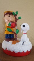 2016 Peanuts Charlie Brown and Snoopy with Christmas Tree Figurine w defects - $10.39