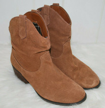 """Womens 7 Medium Brown Suede Booties Western Boot Brown 2"""" Heel Leather S... - £18.93 GBP"""
