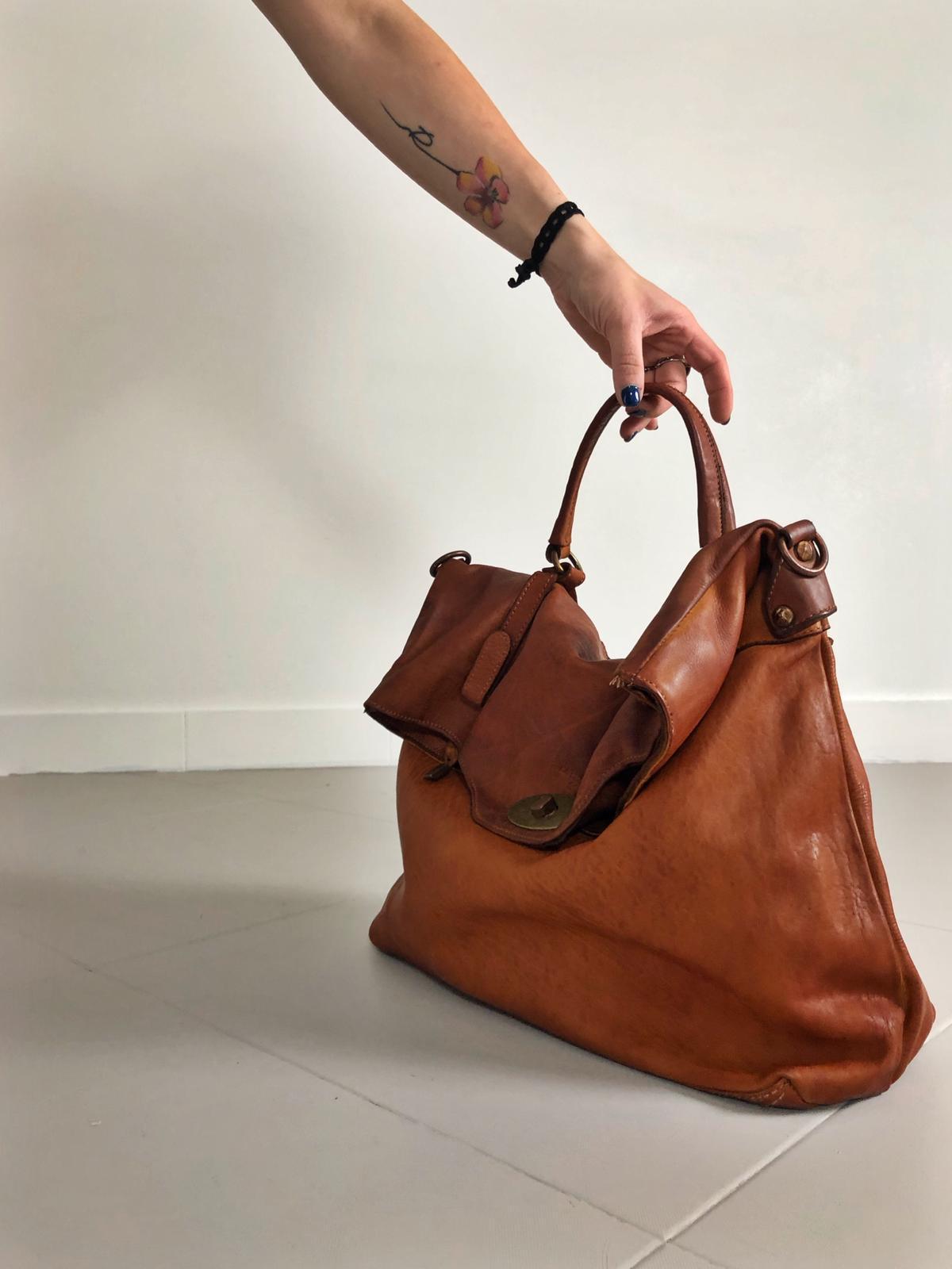 MAIL BAG handmade leather bag image 2