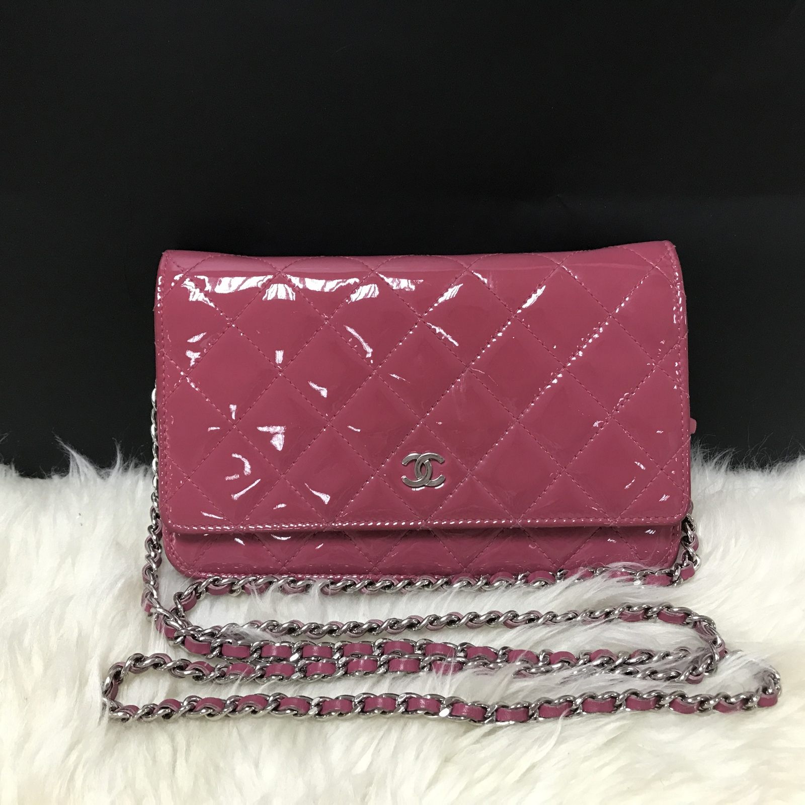 100% AUTH CHANEL Pink Quilted Patent WOC Wallet On Chain Clutch Bag SHW