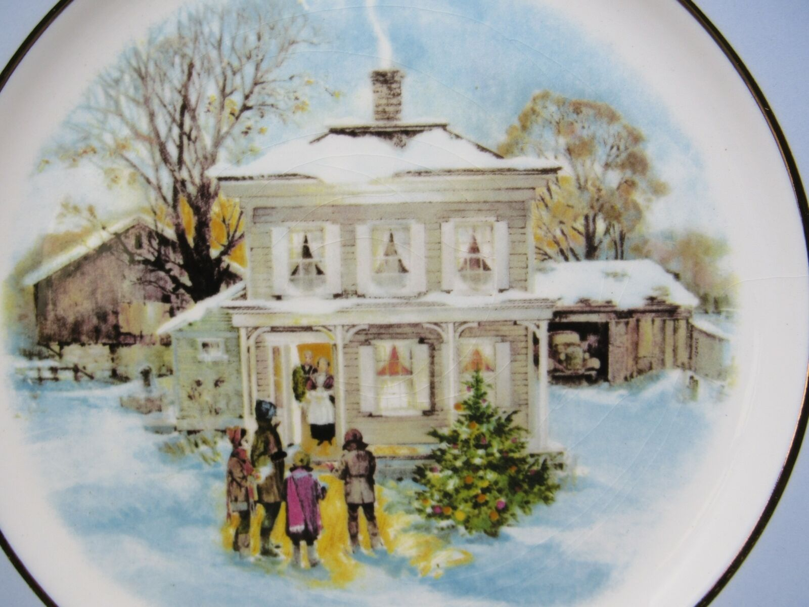 1977 Avon Christmas Plate Series Fifth Edition Carollers in the Snow in Box vtg image 3