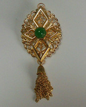 Vintage Signed Sarah Coventry Gold-tone Green Cabochon Tassel Brooch  - $16.34