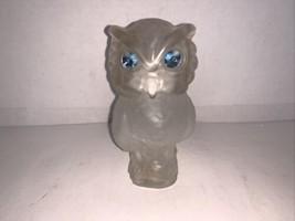 Vintage Avon Snow Owl Moonwind Powder Sachet 1.25 Oz. (Empty) - $5.00