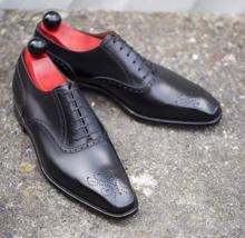 Handmade Men's Black Leather Heart Medallion Dress/Formal Oxford Shoes image 2