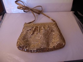 VINTAGE 1980s Gilt Mesh Small Evening Clutch Shoulder Bag Prestige Inter... - $25.00