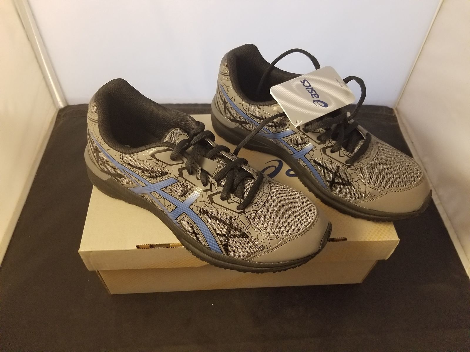 NIB Asics Size 6 Endurant Carbon/Imperial Colorway Running Shoes T742N Brand New