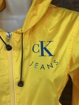 Calvin Klein Yellow Rain Slicker Medium Long Sleeve Spell Out Jacket Dra... - $24.50