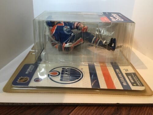 2004 Wayne Gretzky NHL Legends Series 1 Mcfarlane Figure image 7