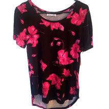 Floral Roundneck Top black/pink M - $12.00