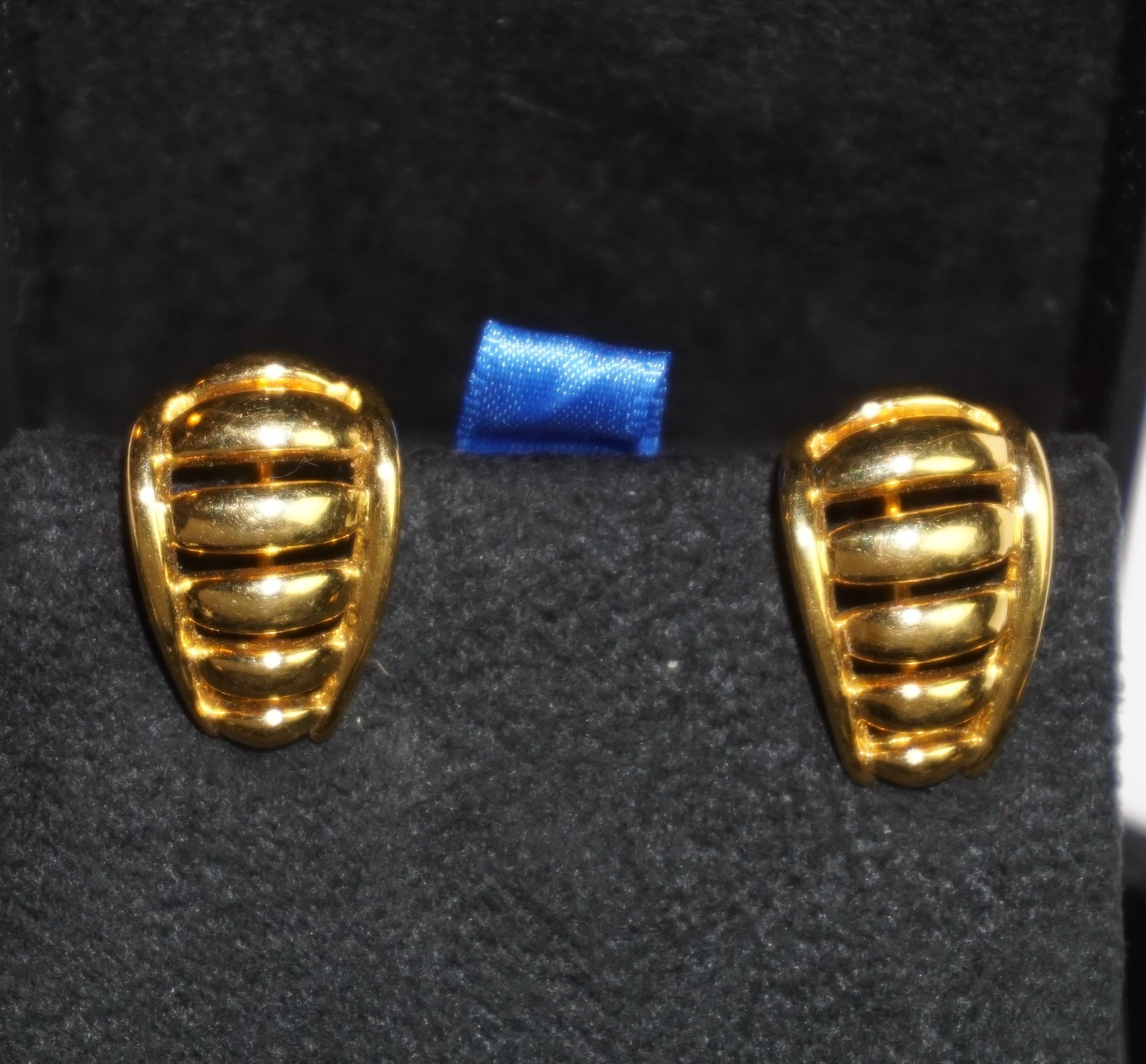Primary image for Napier Vintage Gold Tone Clip on Earrings 1 inch  w/ Screw Adjust