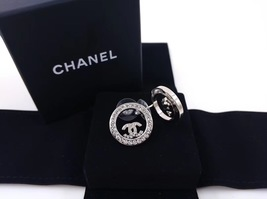 BRAND NEW Authentic Chanel CC Circle Logo Crystal Strass Silver Stud Earrings  image 5