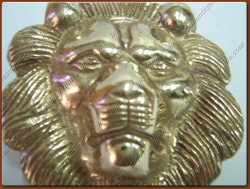 CLASSIC GOLDEN ~UNIQUE~BRASS LION~DECAL~FOR MOTORCYLES