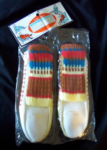 1970s Tee Vee Mocs SLIPPER SOCKS in Orig. Package