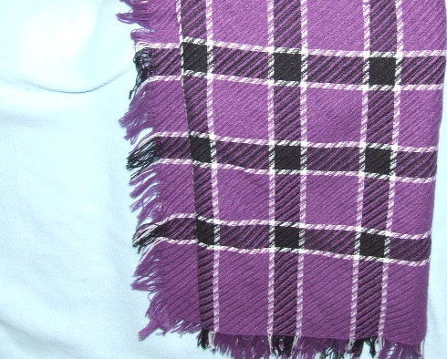 Liz Sinclair Scarf in Purple and Black plaid Acrylic new 45 by 48