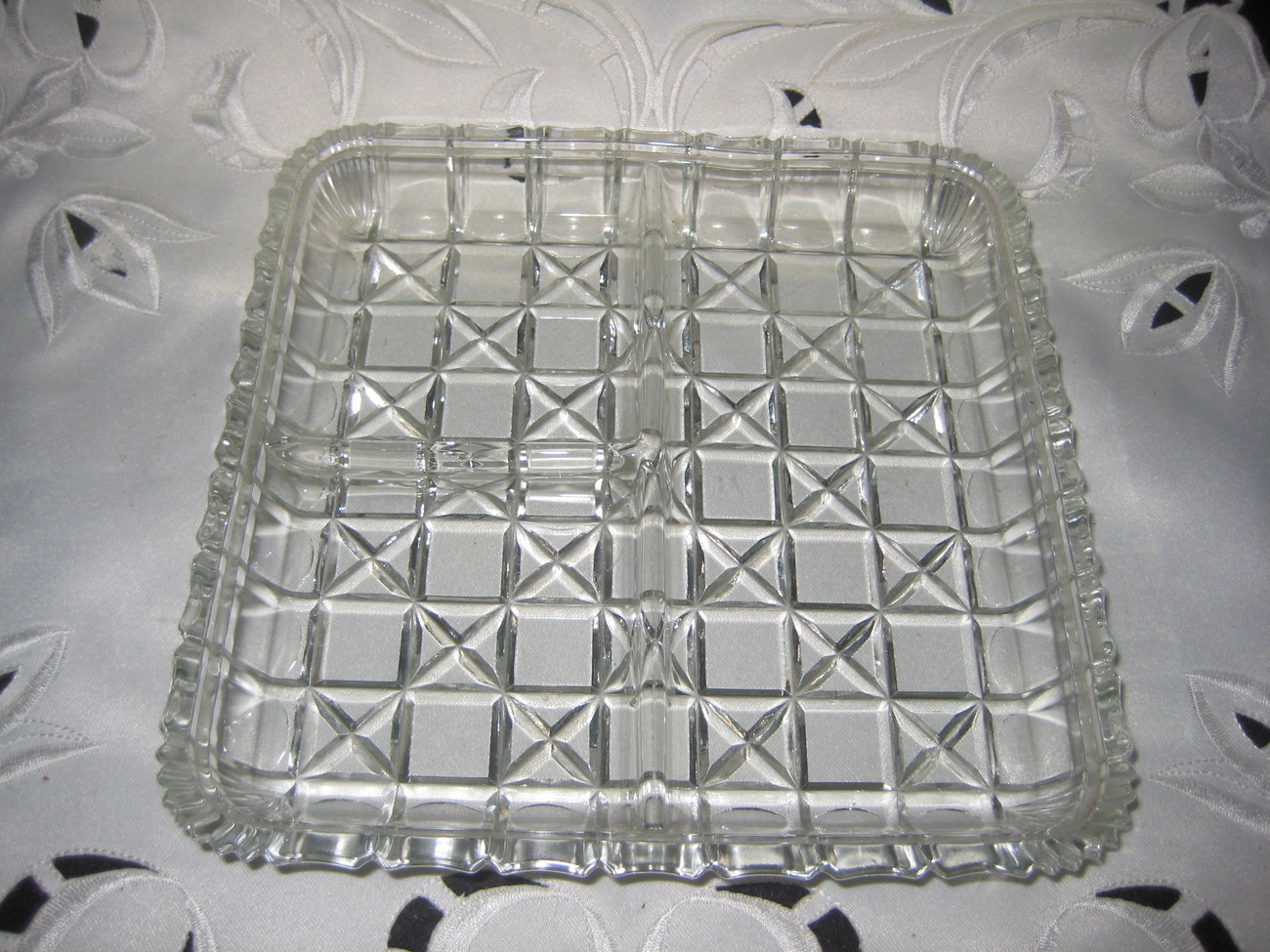 Crystal Clear Vintage 3 section relish dish