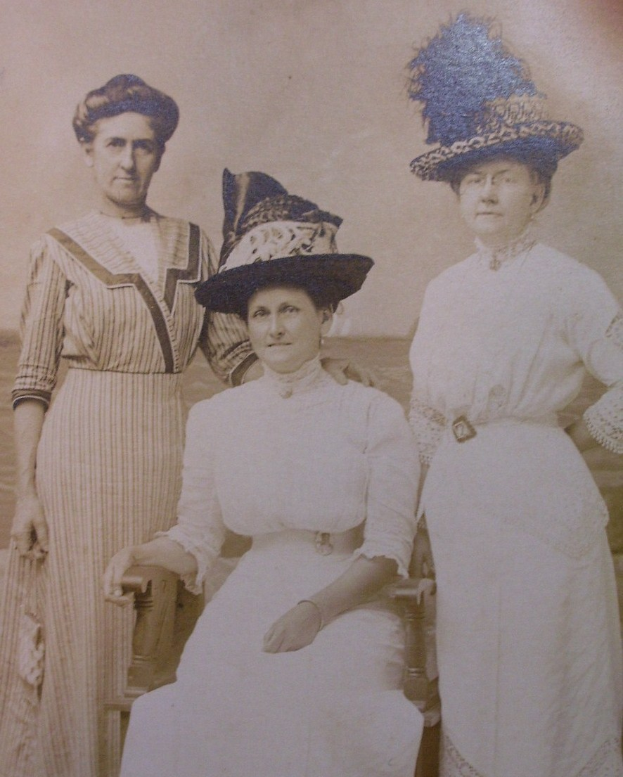 Three Ladies in Studio #1 Hats Photo Post Card 1890`s!