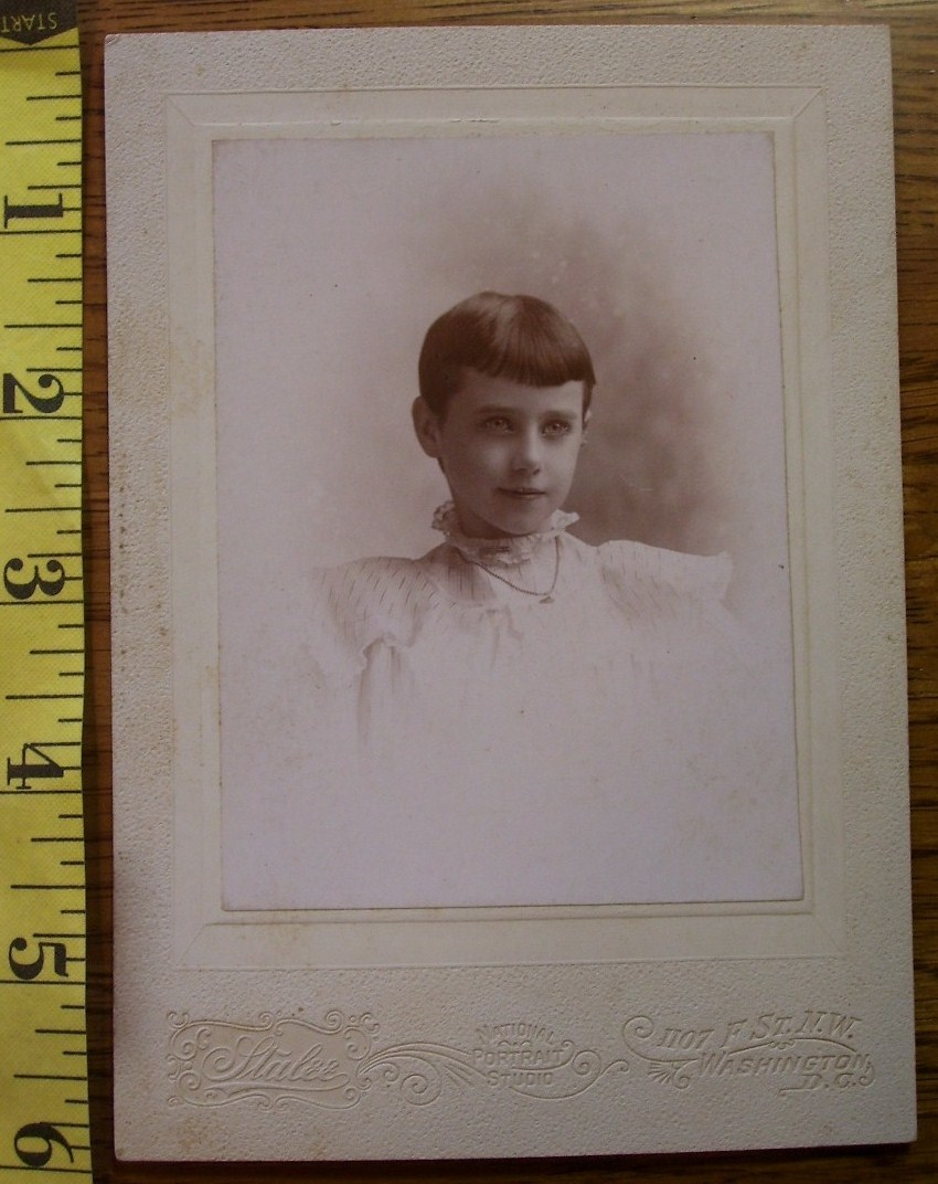 Cabinet Card Pretty Young Girl Vignette Named! c.1890-1910