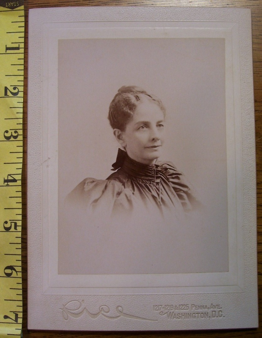 Primary image for Cabinet Card Pretty Lady Vignette Washington D.C.! c.1890`s