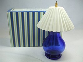 Vintage Avon Ming Blue Lamp Charisma Foaming Bath Oil 5 fl oz - $76.99