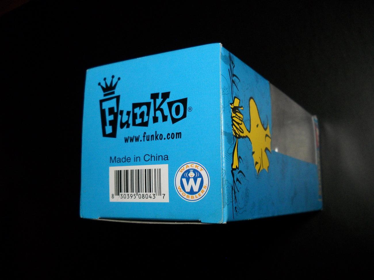 Funko Wacky Wobbler Bobble Head Peanuts Woodstock on Green Platform Original Box