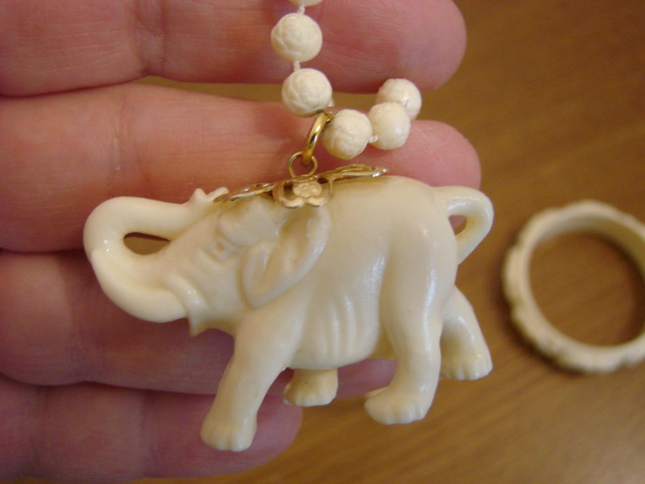 ELEPHANT BANGLE cute elephant pretty elephant bangle gift idea collectable celluloid elephant bangle celluloid bangle