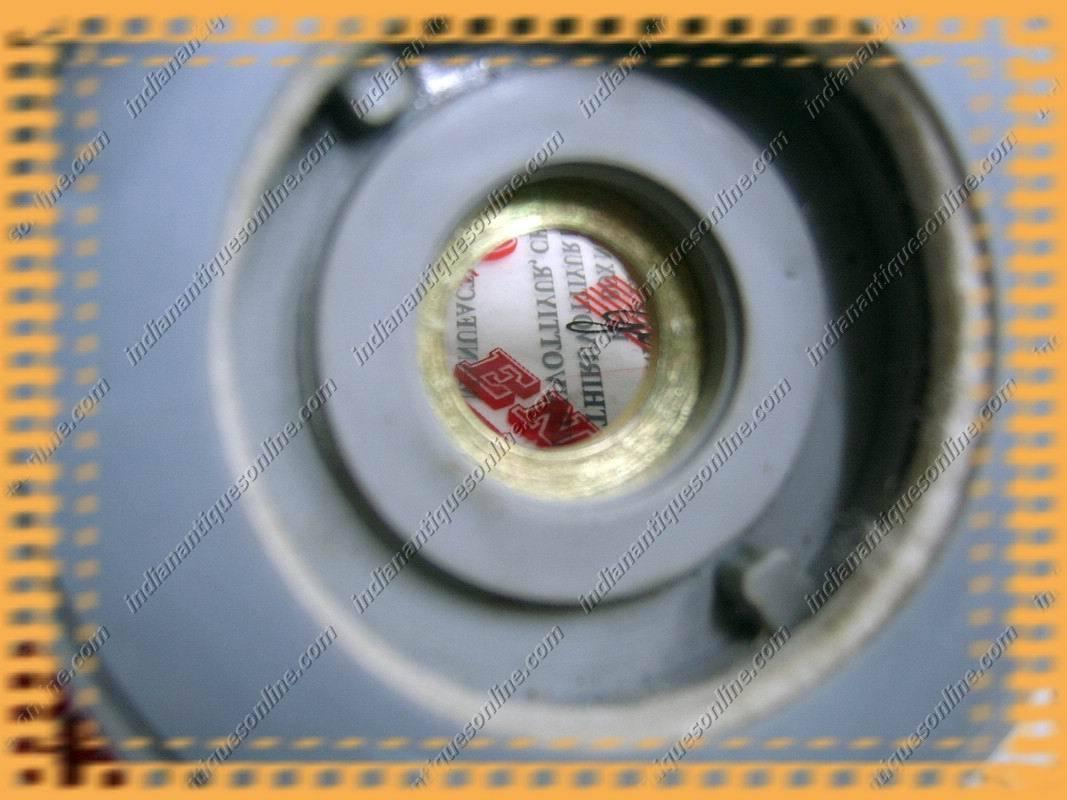 Royal Enfield Bullet Speedo Hub Drive Assembly~Plastic