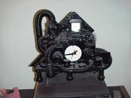 Copy of clock  slide projector clock thumb200