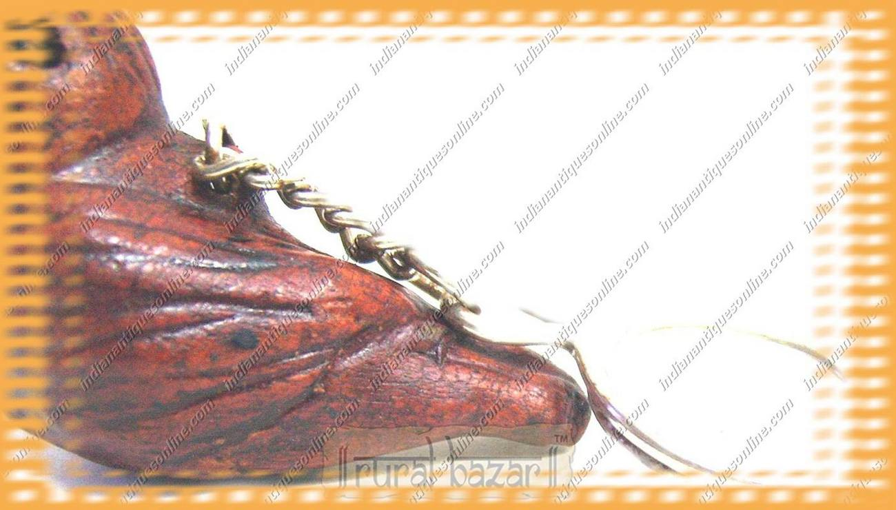 Graceful Nicely Carvd Handmade Parrot Leather Keychain