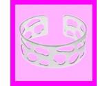 Ss cutout cuff bracelet darker thumb155 crop