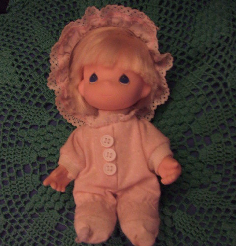 Precious Moments Vintage Collectible Lil Doll in PJ's 1992.