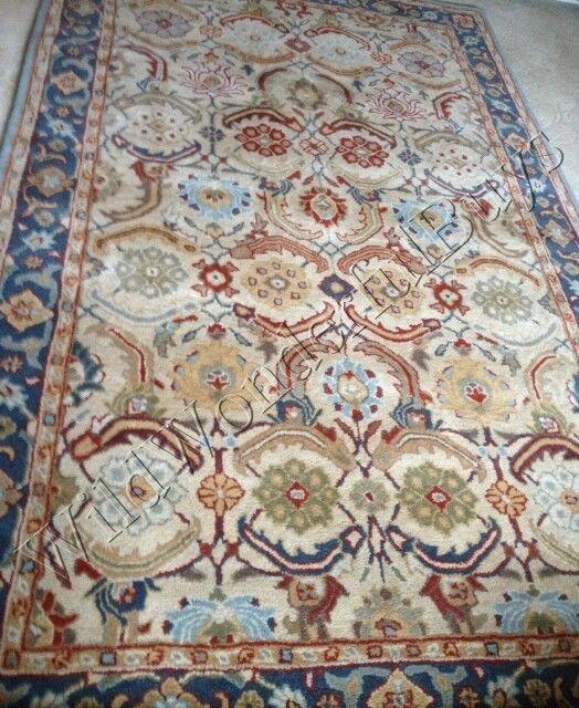 Pottery Barn Eva Rug 3x5 Persian Style