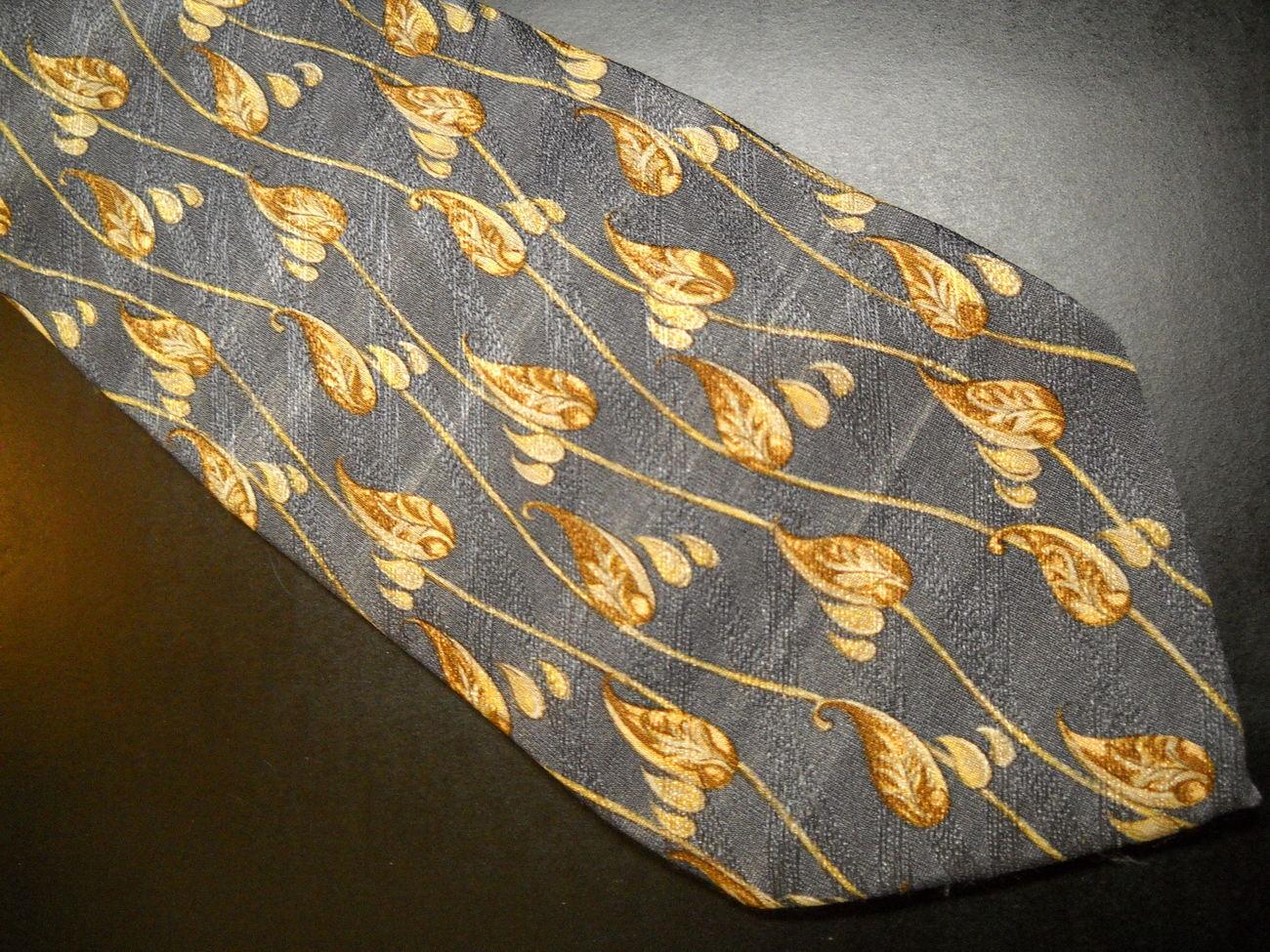 Joseph Abboud Neck Tie Design No 71212 Greys Italian Leaves Vines Golden Browns