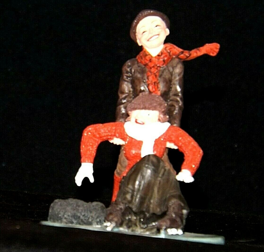 """""""Skaters"""" by Norman Rockwell Figurine AA19-1661 Vintage"""