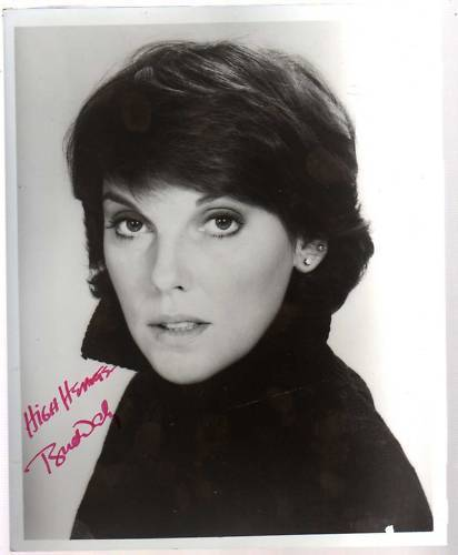 TYNE DALY SIGNED GLOSSY 8 x 10 PHOTO