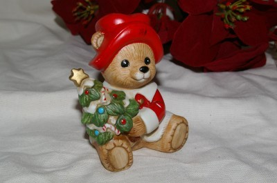 Homco Bear in Santa Suit with Tree 5175 Home Interiors