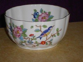 Aynsley China PEMBROKE Blue Bird 4-inch Variete Bowl Gold Trim - $24.74