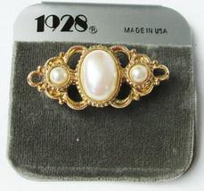 1928 pin pearls in gold tone setting bar type pin new - $5.89