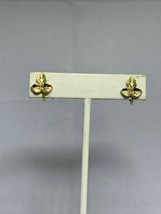 Vintage Small Gold Tone Clip On Leaf Earrings (2134) - $6.00